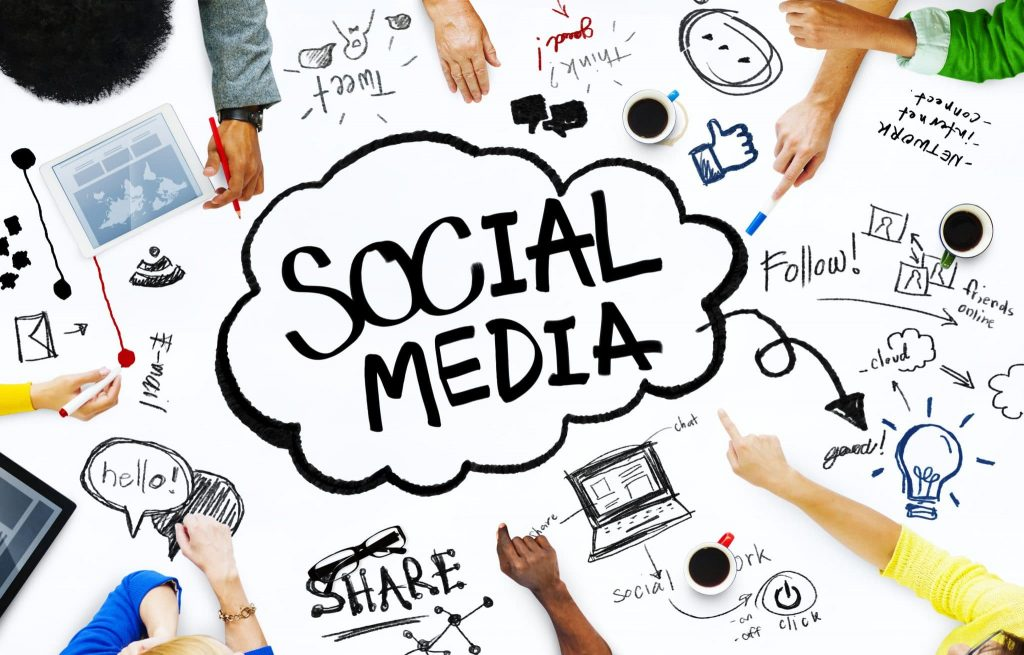 مدیریت شبکه های اجتماعی به شیوه سال 2020